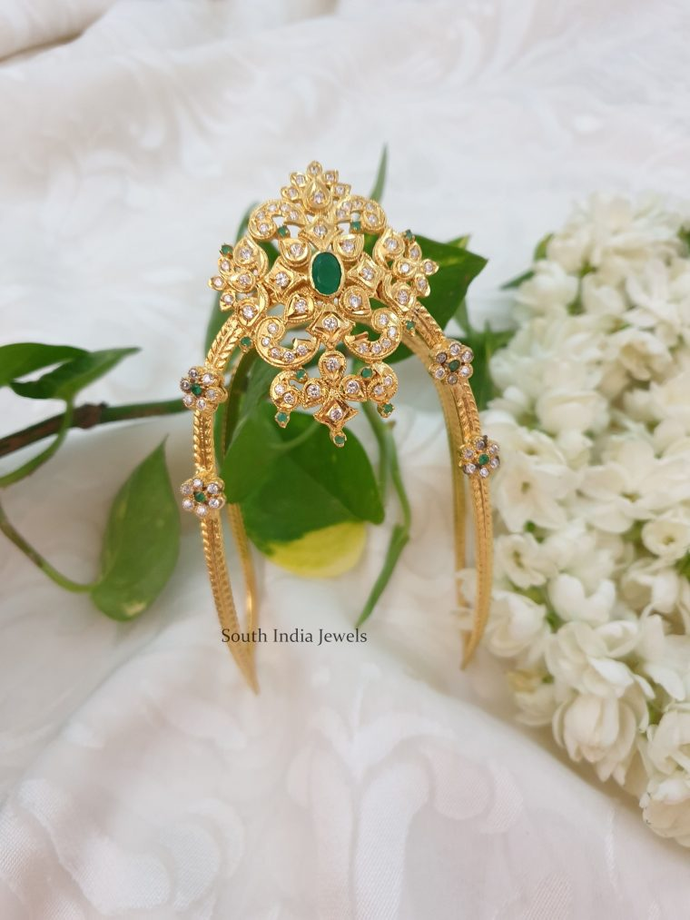 Beautiful Green Stone Imitation Armlet