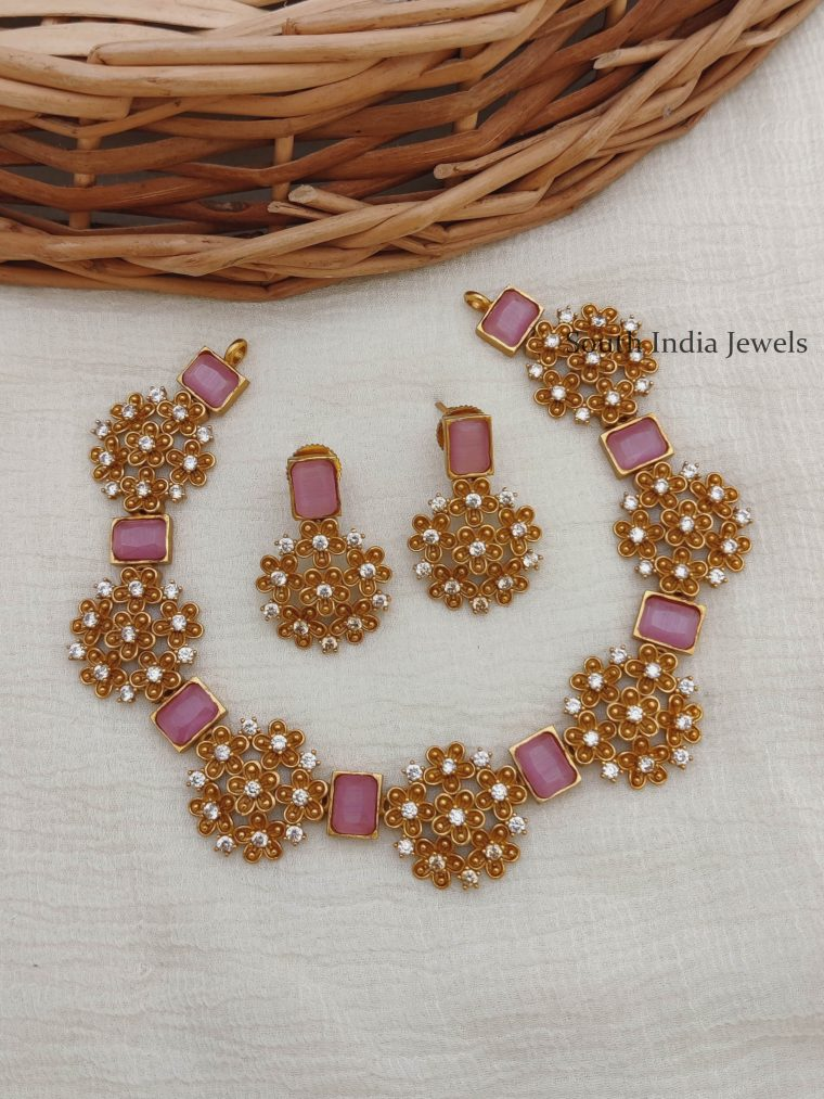 Classic Floral AD Necklace With Stones
