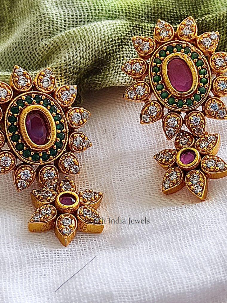 Elegant Flower Design Earrings