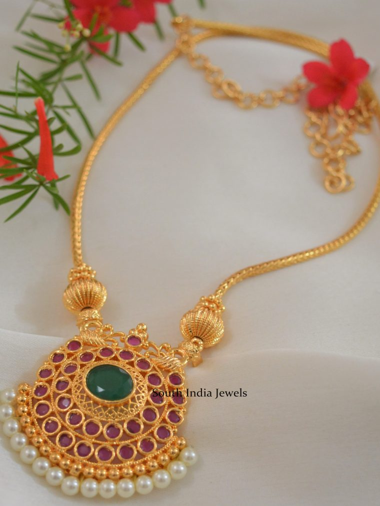 Elegant Gold Replica Ruby Emerald Chain with Pearls