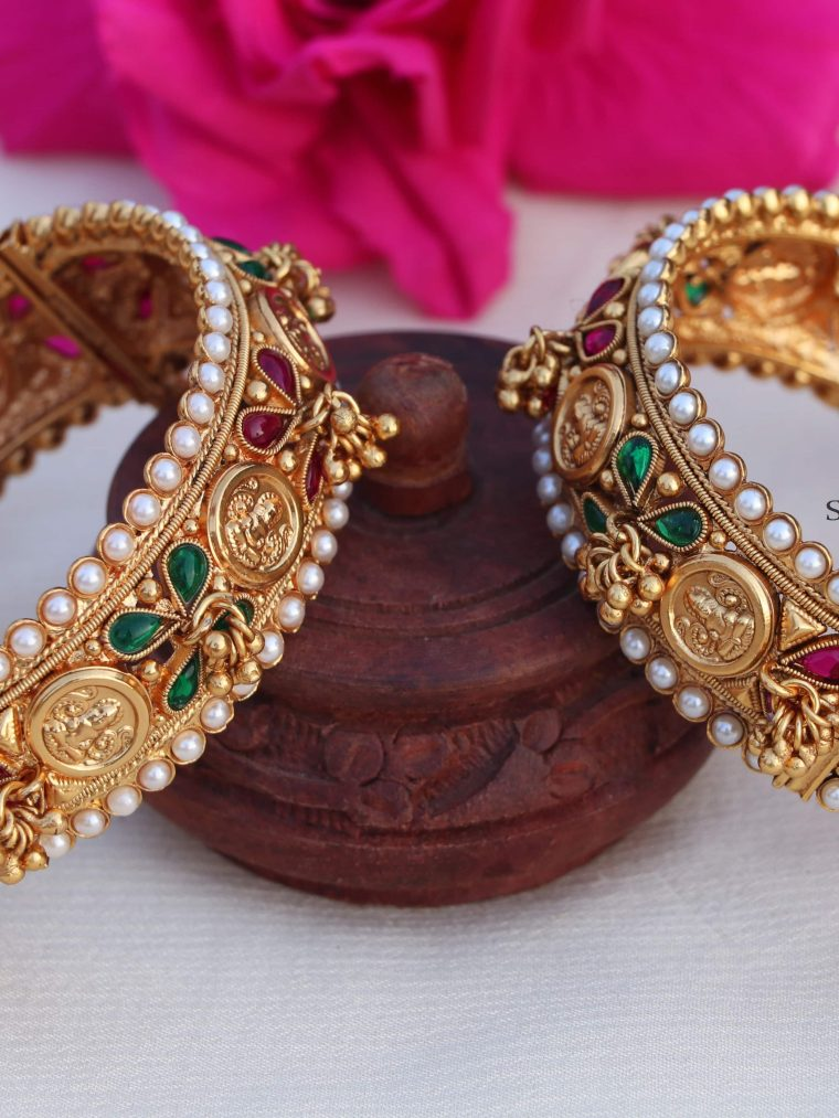 Eleganlt Lakshmi Coin Bangle