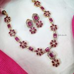 Floral Design Stone Necklace (2)
