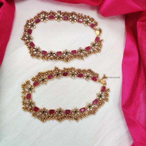 Golden Beads Floral Design Anklets (2)