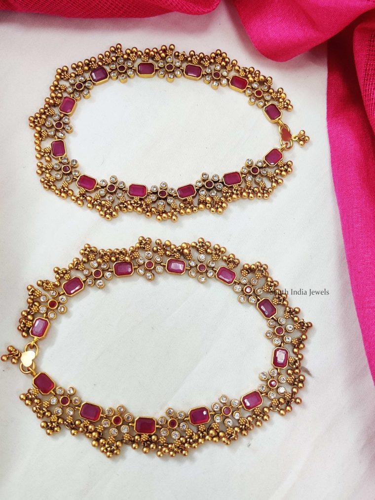 Golden Beads Floral Design Anklets