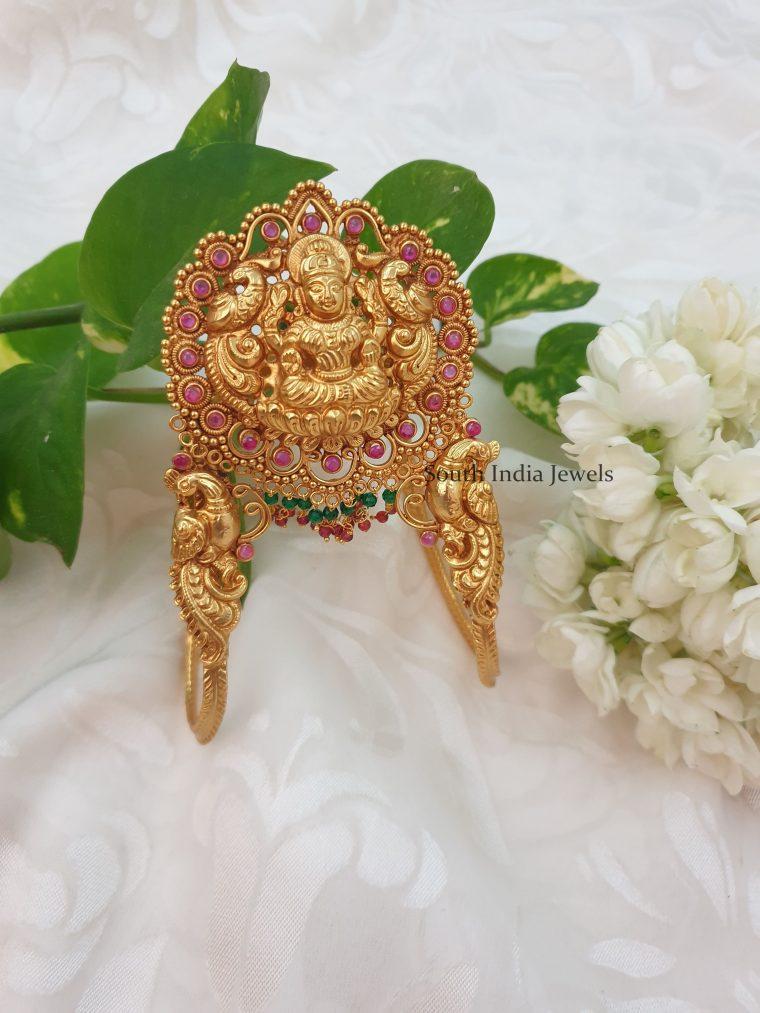 Grand Matte Finish Lakshmi Design Armlet