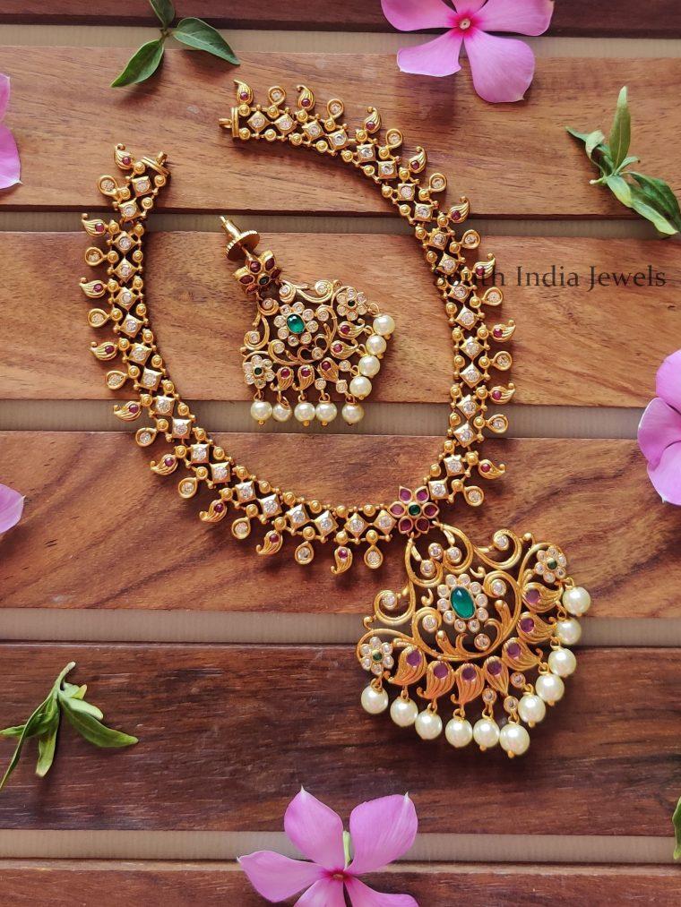 Matte-Finish-AD-Stones-Floral-Necklace