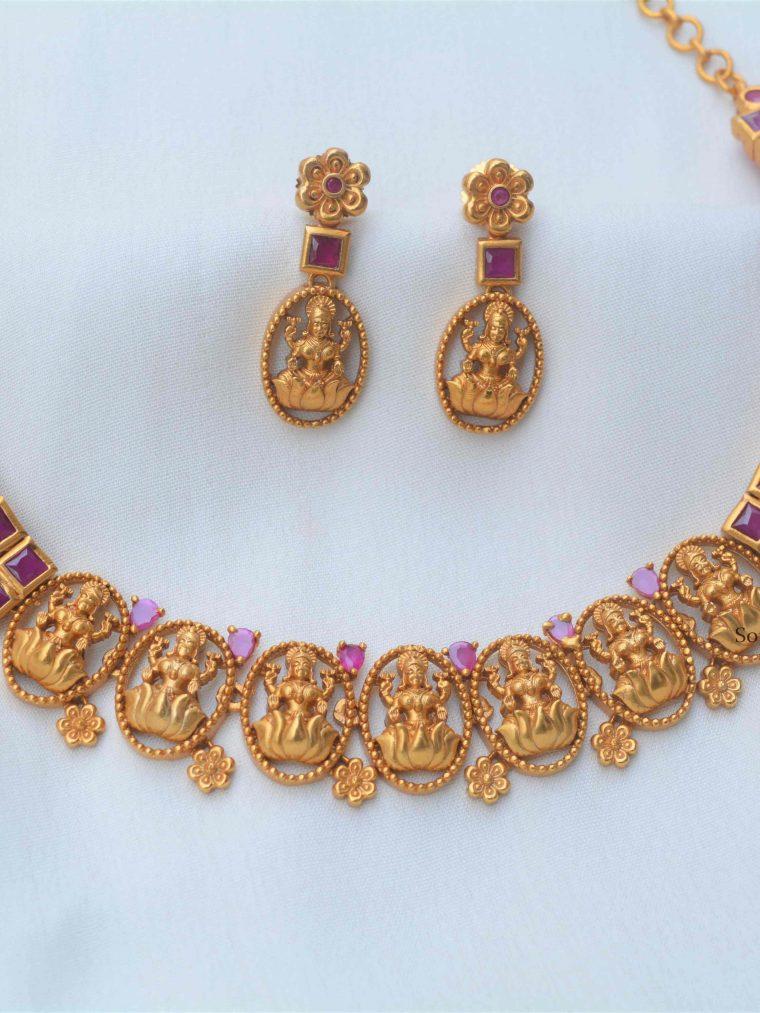 Matte Finish Lakshmi Design Necklace (2)