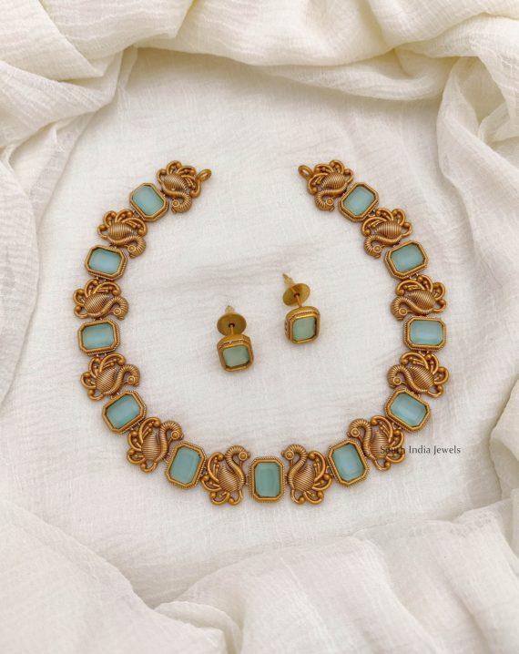 Matte Finish Peacock Design Necklace (4)