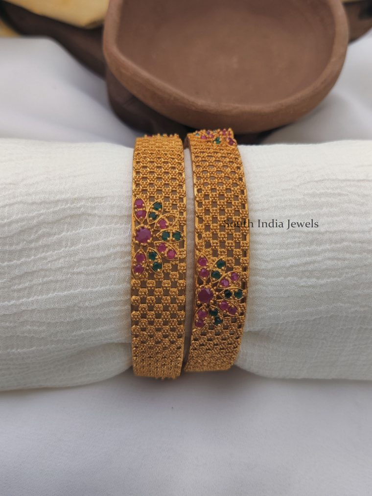 Matte Gold Finish Flower Design Bangle Set