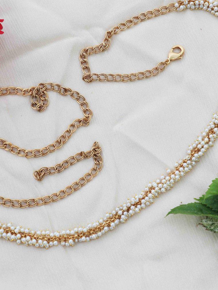 Simple Pearls Studded Hip Belt