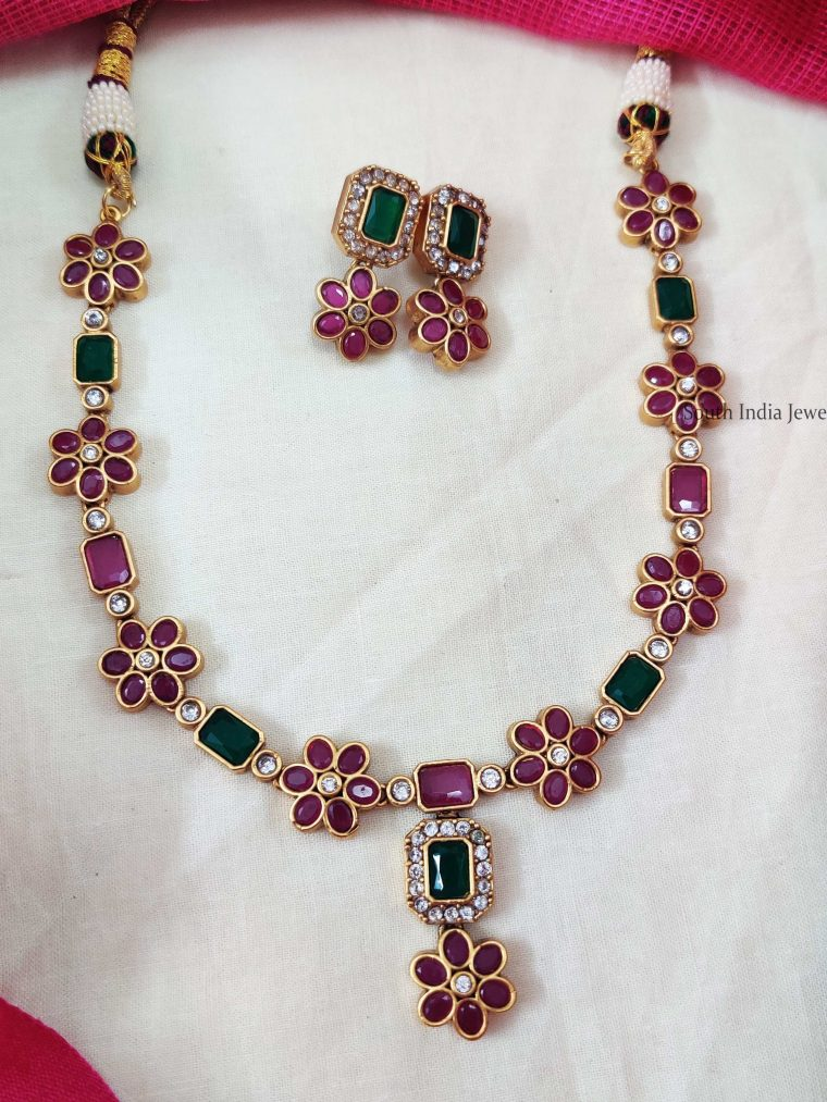 Single Layer Square Stone Floral Necklace