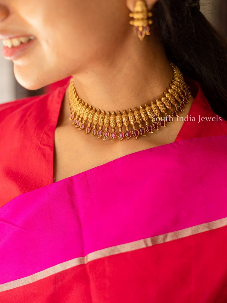 Stunning-Ruby-Studded-Paisely-Necklace