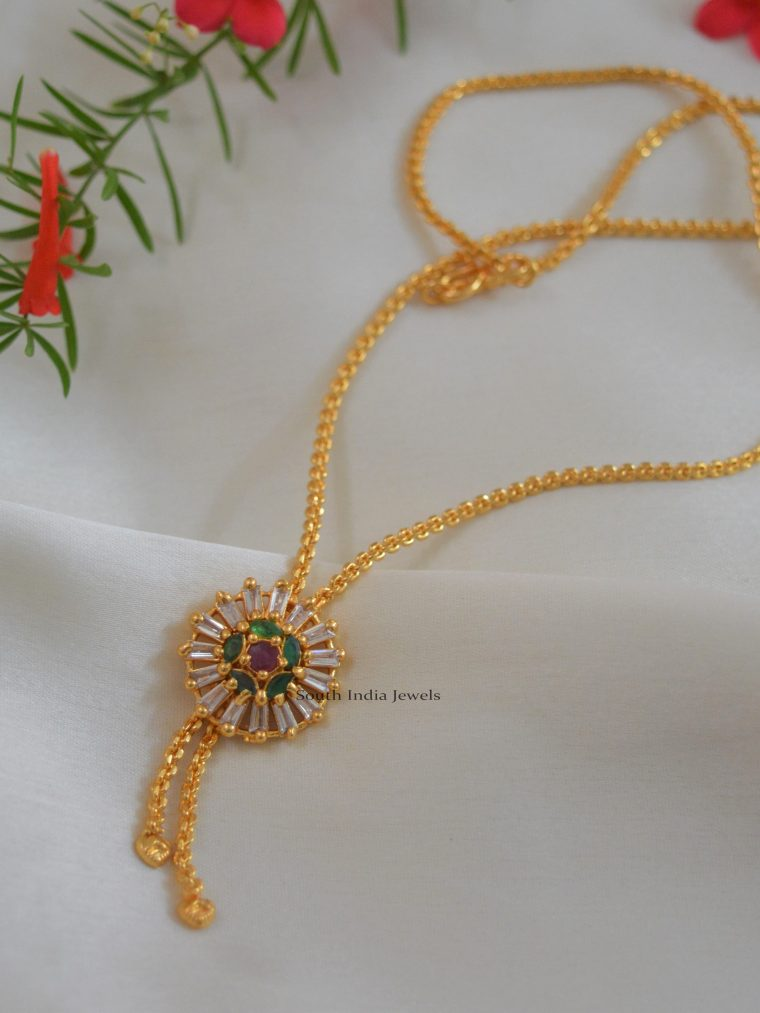 Trendy Gold Finish Chain with Pendant