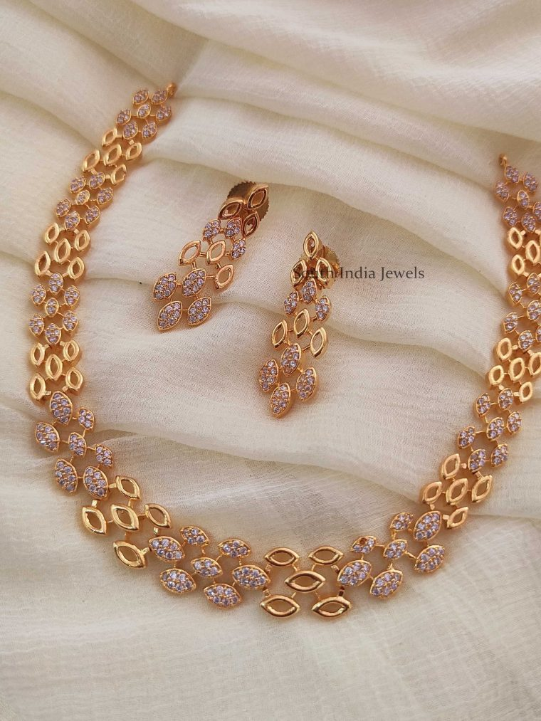 Trendy-Light-Weight-Necklace