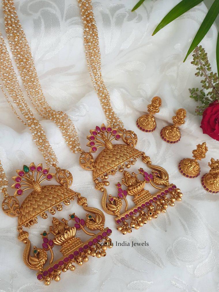 traditional-temple-and-lakshmi-design-pendant-05