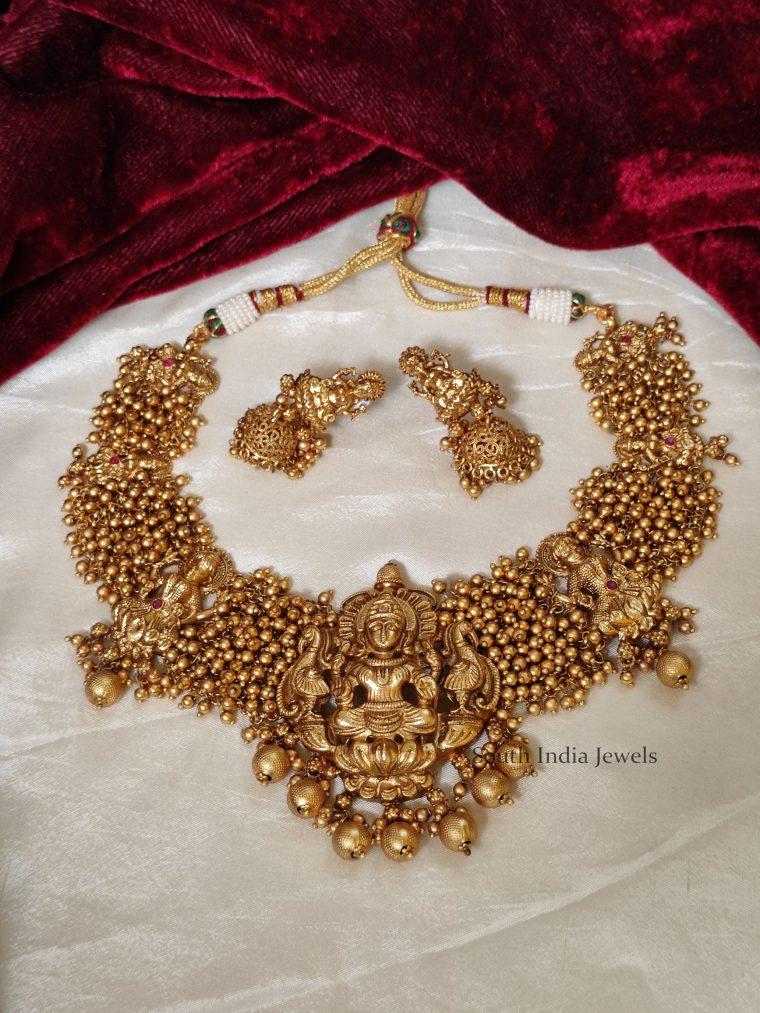 Beautiful-Bridal-Lakshmi-Necklace