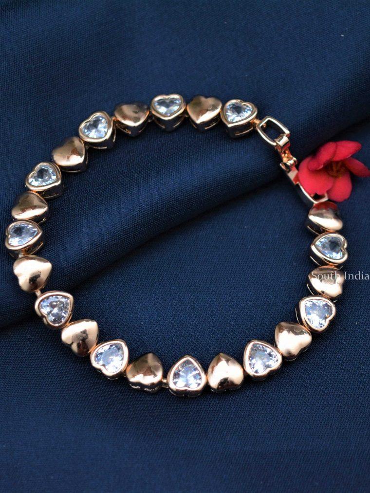Cute-Heart-Design-Bracelet