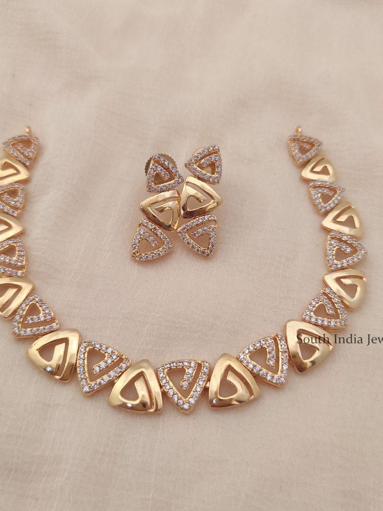 Elegant Triangle Design Necklace