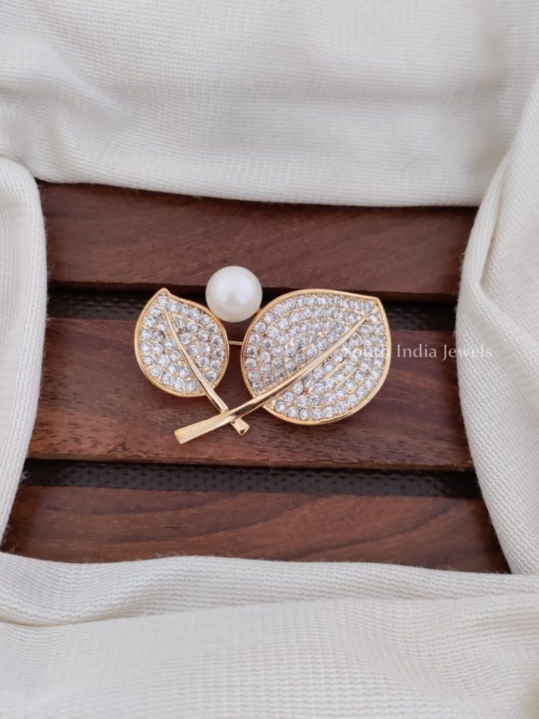Gorgeous CZ Stone Saree Pin