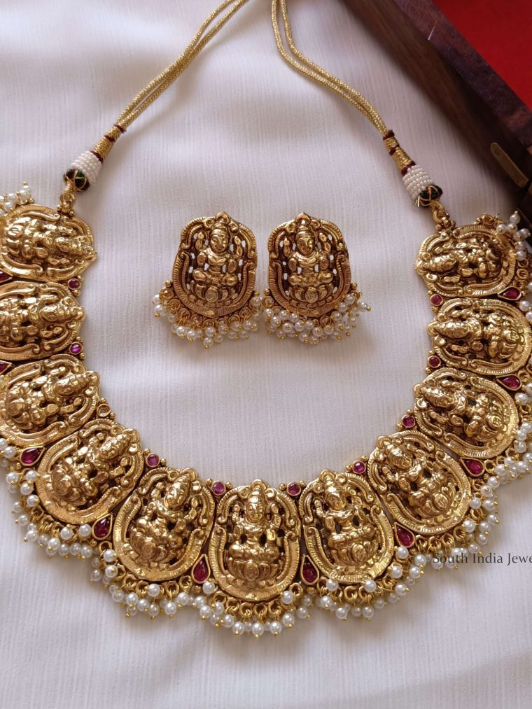 Gorgeous Lakshmi Design Choker