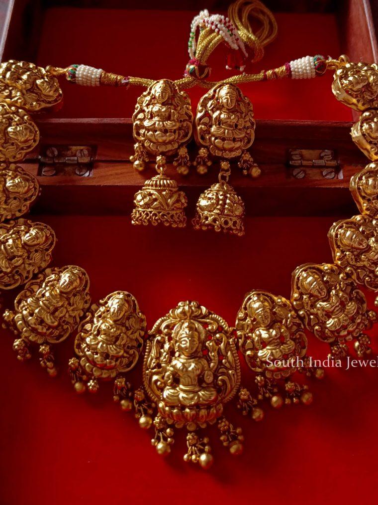 Grand Lakshmi Design Choker Set