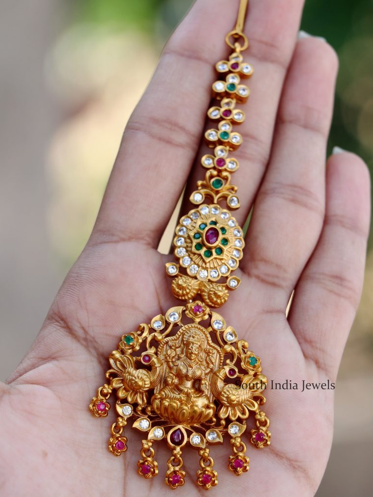 Lakshmi-And-Peacock-Maang-Tikka