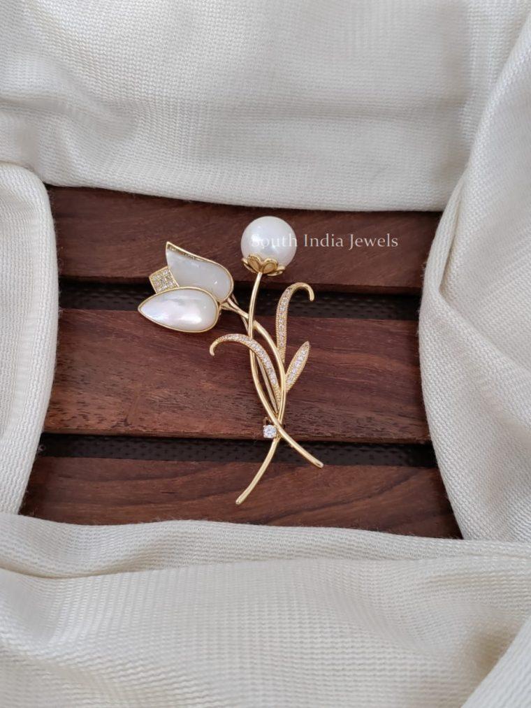 Lotus Design Saree Pin