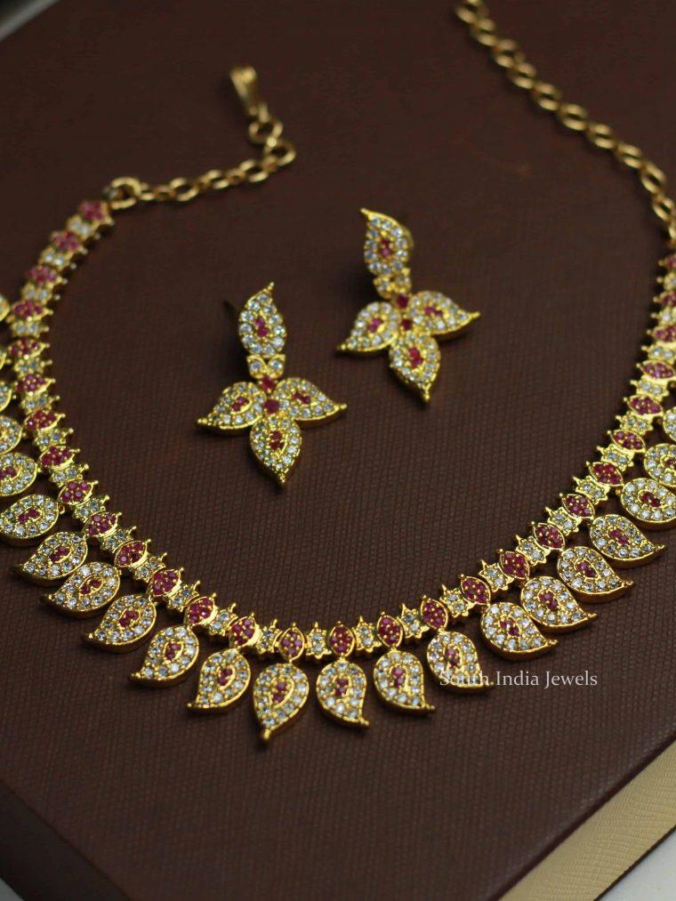 Mango Design White Stone Necklace