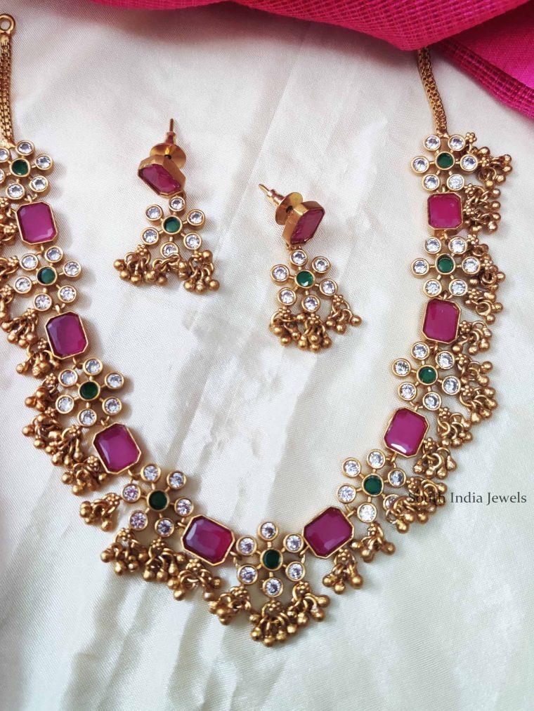 Soulful Flower Design Necklace