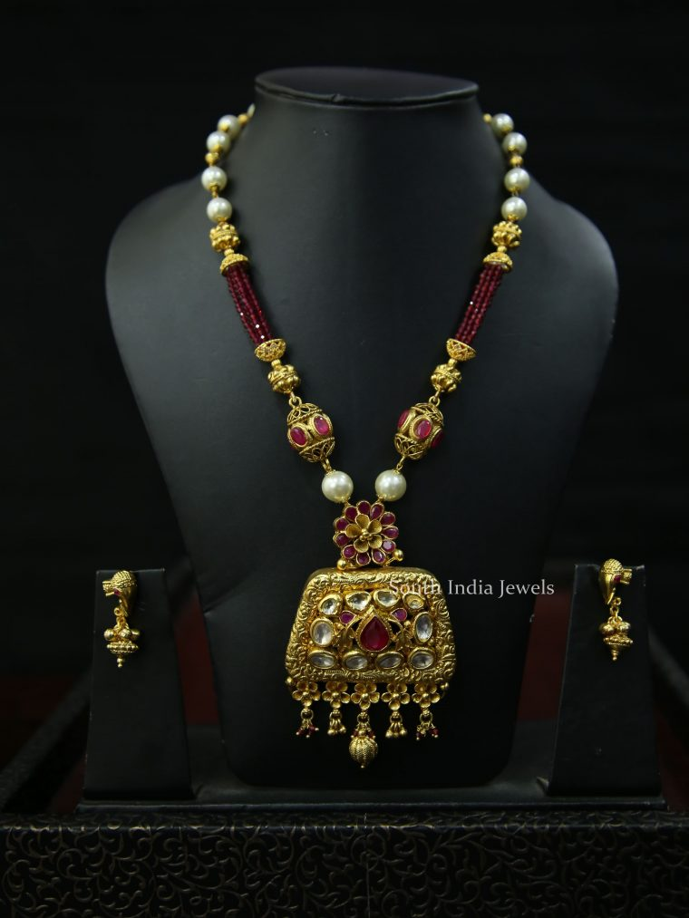Stunning Designer Kundan Necklace