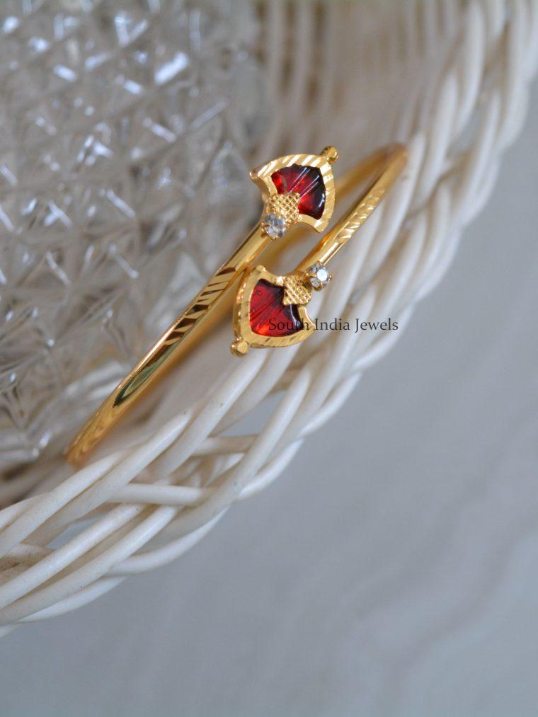 Traditional-Gold-Palaka-Stone-Bracelet