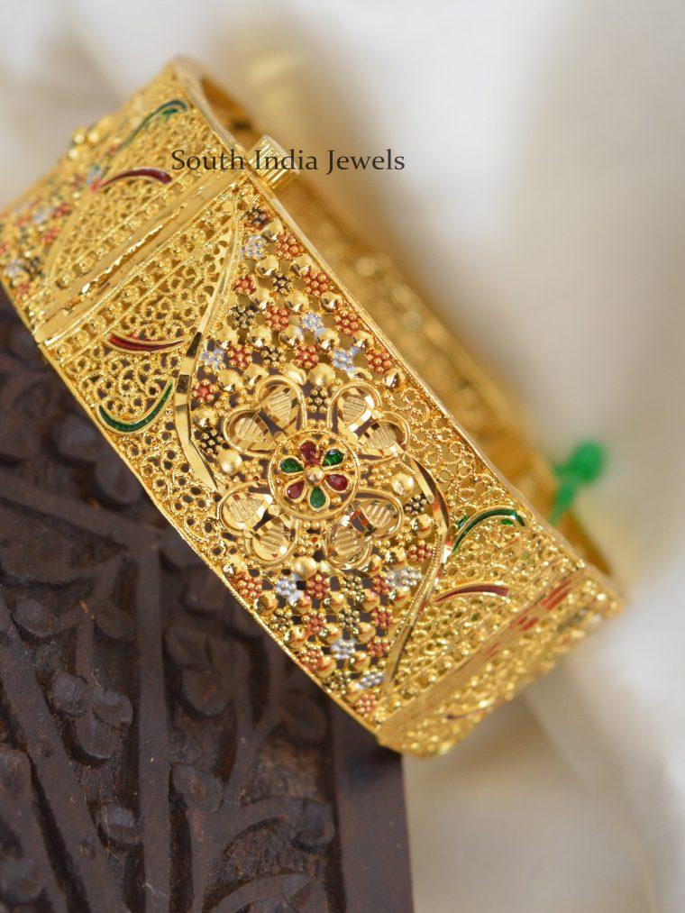 Traditional-Gold-Polish-Kada-Bangle