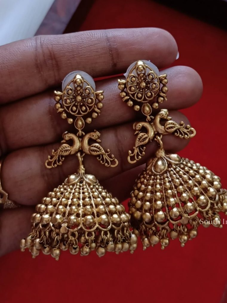Trendy Gold Alike Jhumkas