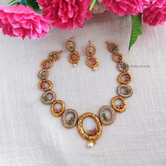 Trendy Round Design Necklace (3)