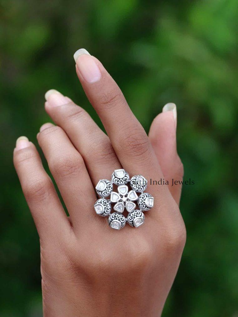 92.5 Sterling Silver White Stone Finger Ring