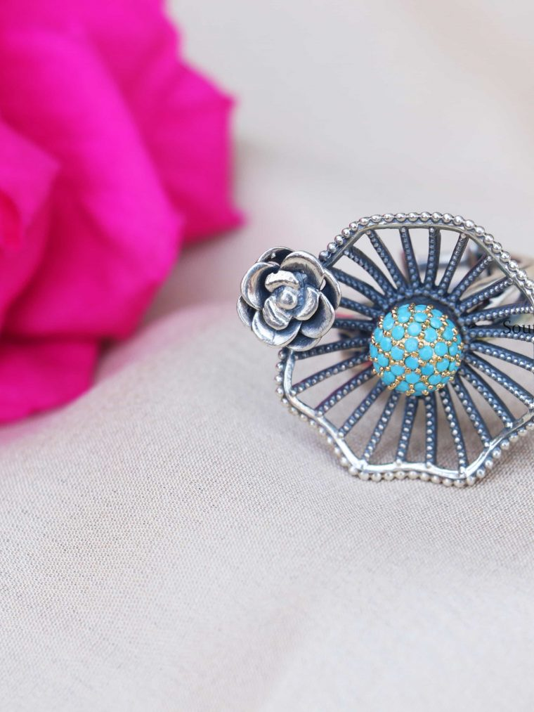 92.5 Sterling Silver Turquoise Finger Ring