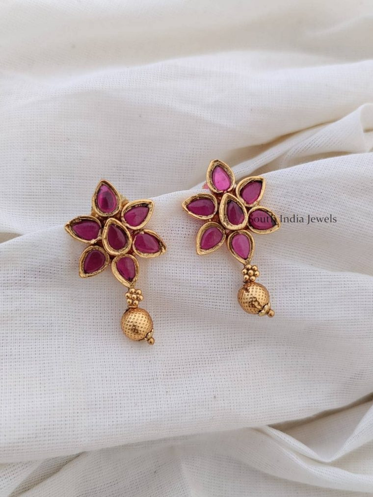 Attractive Floral Design Kemp Earrings