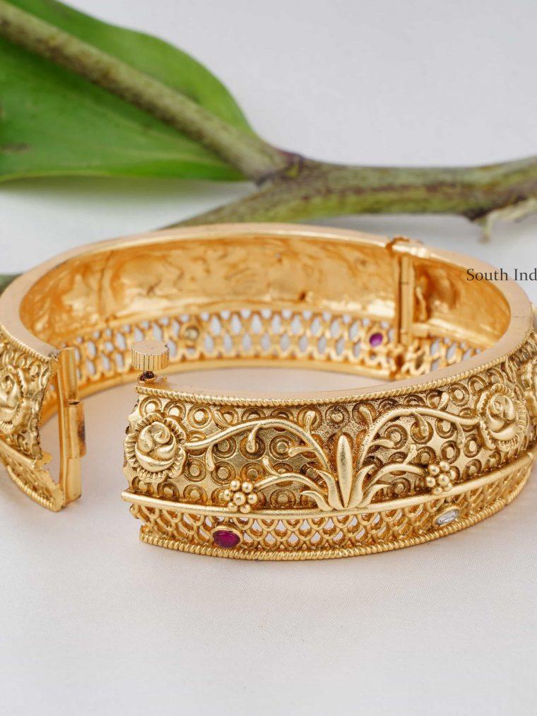 Beautiful Rose Design Kada Bangle (2)