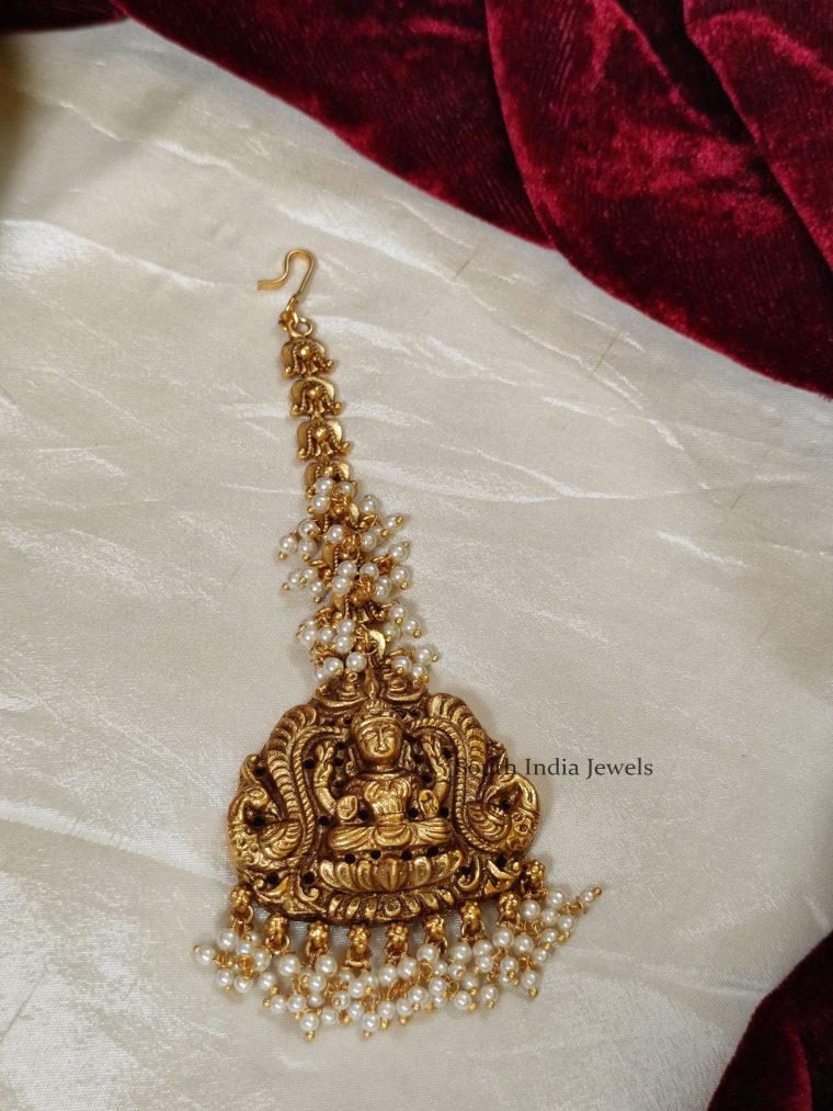 Elegant Temple Design Pearl Mang Tikka