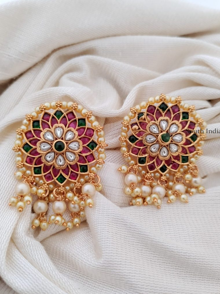 Eye Catching Flower Design Earrings