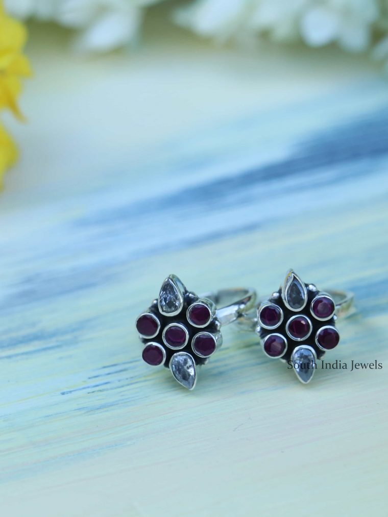 Floral Oxi Finish Sterling Silver Toe Rings