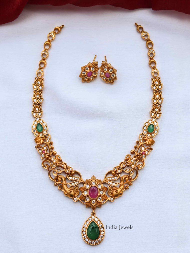 Gorgeous Floral Design Necklace (3)