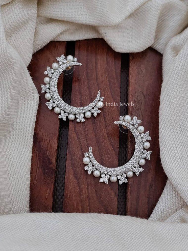 Gorgeus CZ Stone Moon Earring