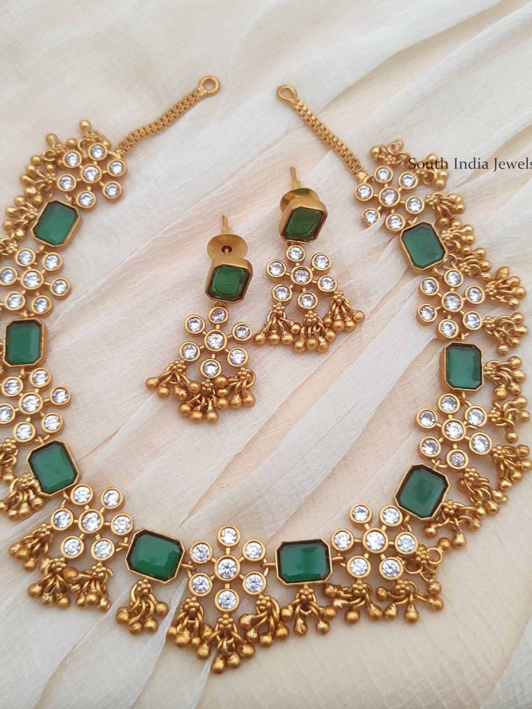 Luxurious Loreal Matte Finish Necklace