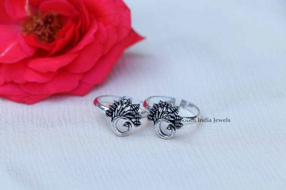 Oxi Finish Cutwork Sterling Silver Toe Rings