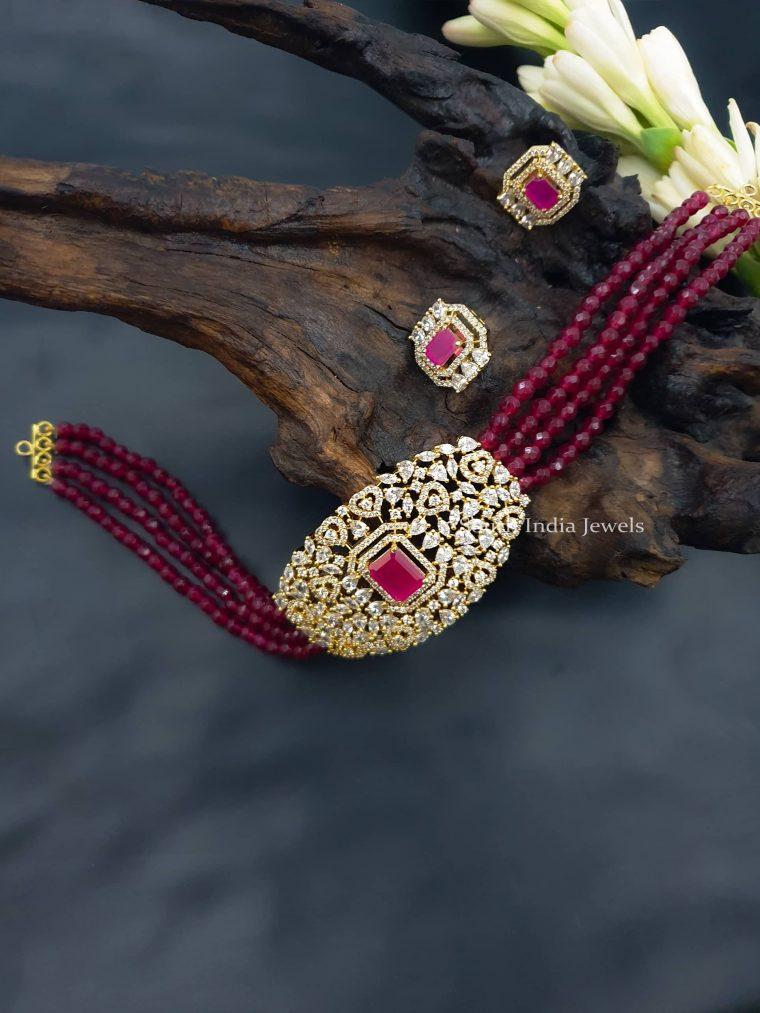 Pretty Crystal Beads Choker