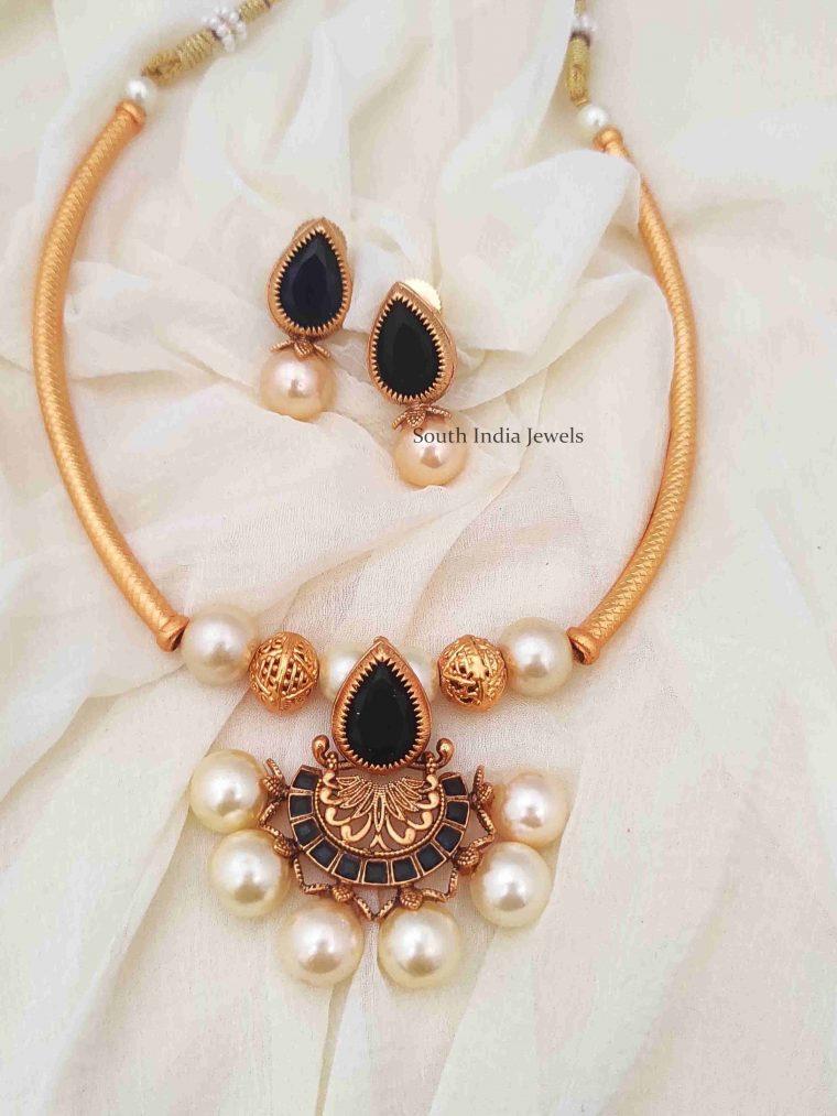 Royal Blue Tube Necklace