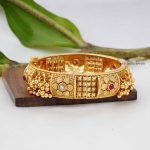 Simple Design Gold Design Kada Bangle