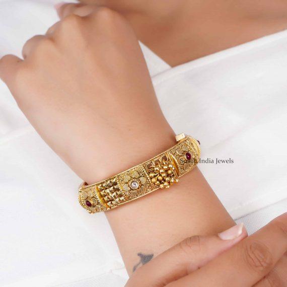 Simple Design Gold Design Kada Bangle (3)