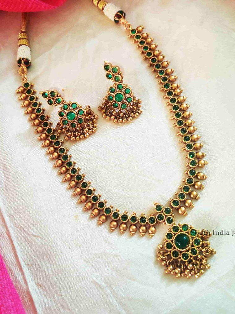 Stunning Green Stone Golden Beads Attigai